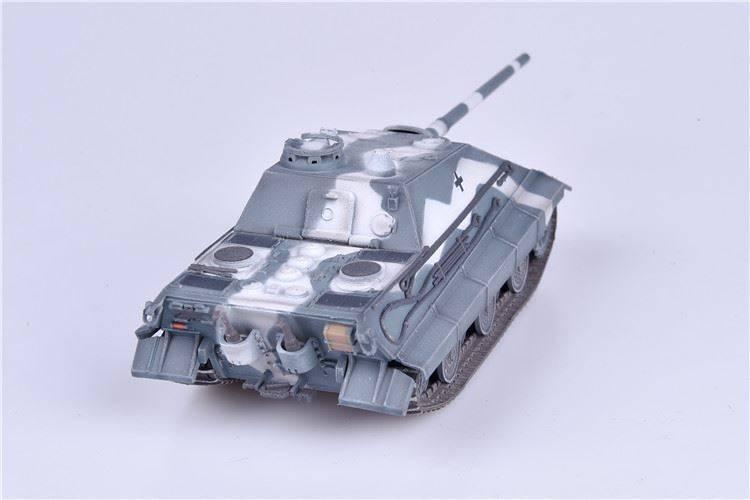 Modelcollect AS72133 German WWII E-50 Jagdpanzer with 105mm gun Winter Camoufl